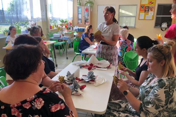 Zdjęcie z warsztatów kulinarnych w ramach programu LOWE